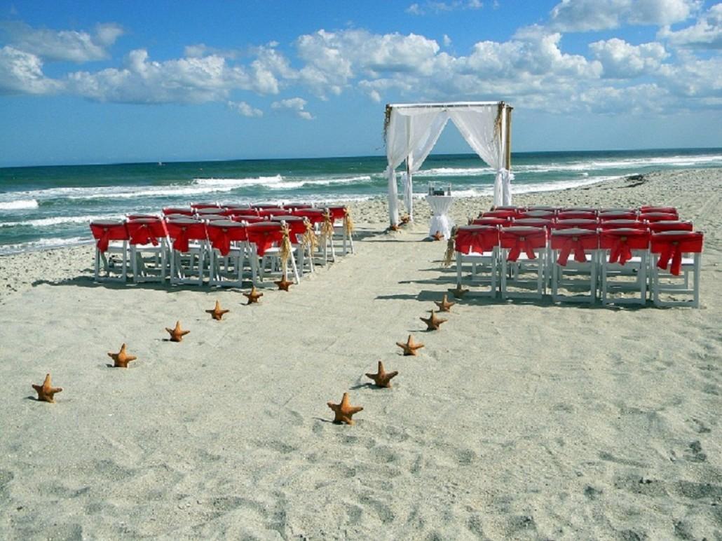 Love is a beach gallery for Honeymoon on the beach