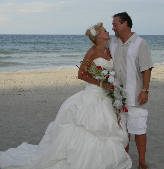 Belongil Beach Wedding Ceremony: Love Is A Beach Wedding.com